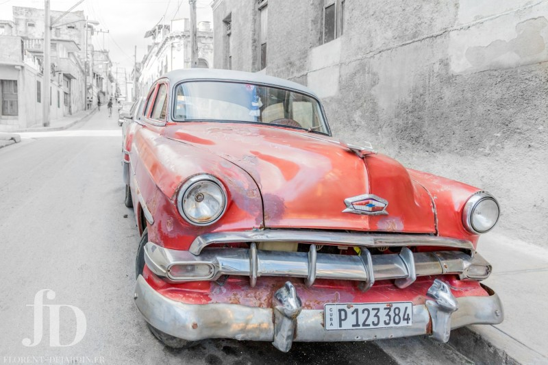 voiture-rouge-NB