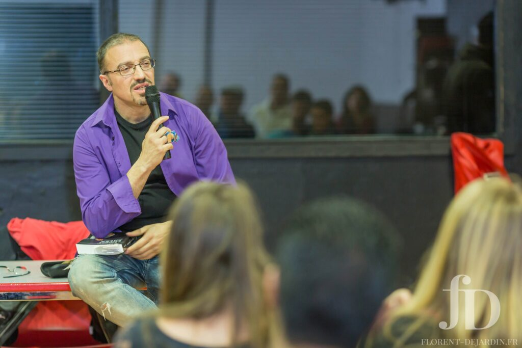Conférence d'Esteban Isnardi à Strasbourg - présentation de son dernier livre