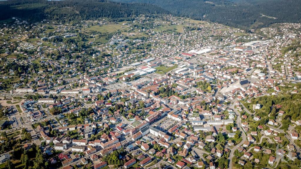 photographie aerienne de la ville de Vic
